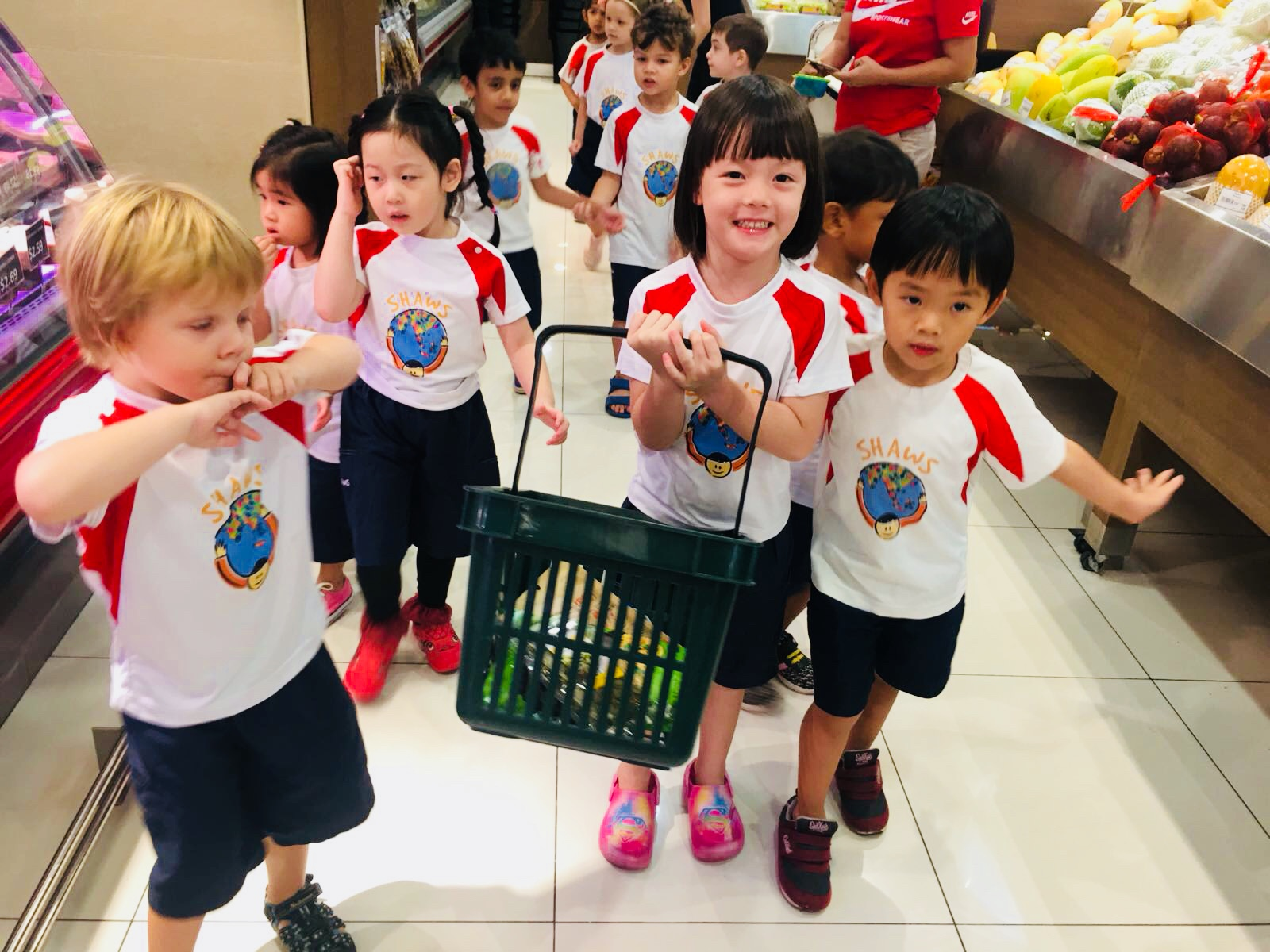 shopping for groceries - supermarket - at shaws preschool